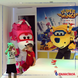 superwings_hotel_juguete_04_fb